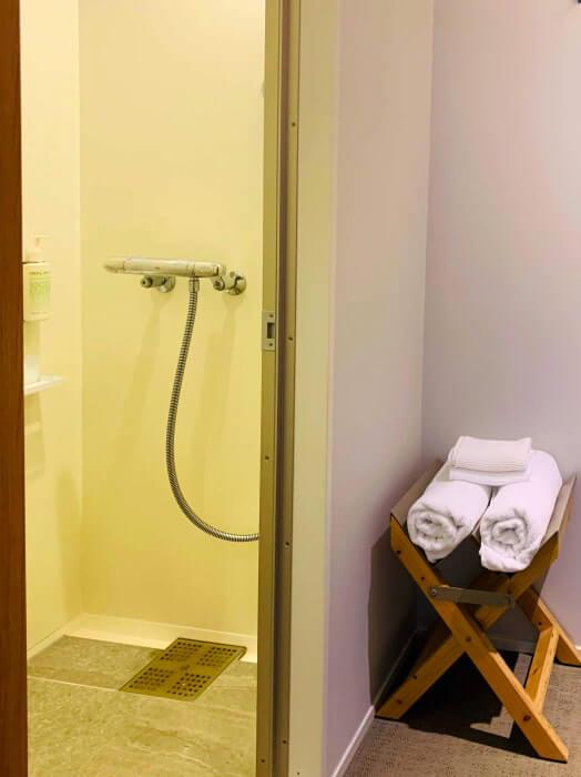 ホテルローカス 部屋9